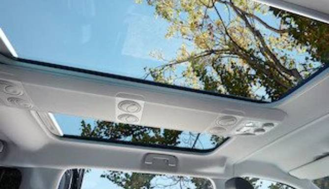 vehicles vivaro life comfort connectivity panoramic sunroof